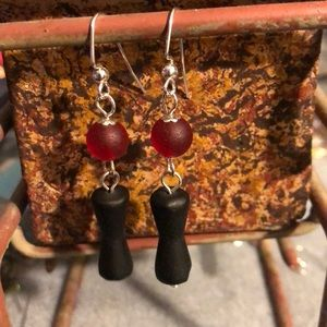 Jewelry - 🌸recycled glass earrings